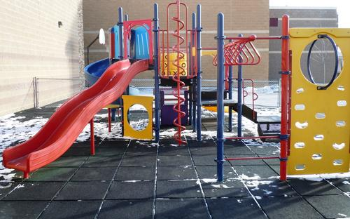 facilities_playground.jpg